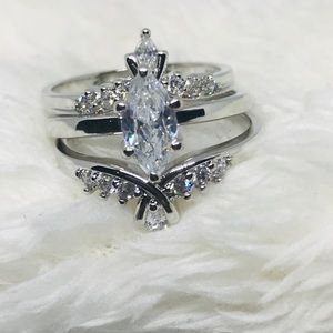 Avon Silvertone Marquise Ring With Jacket Set